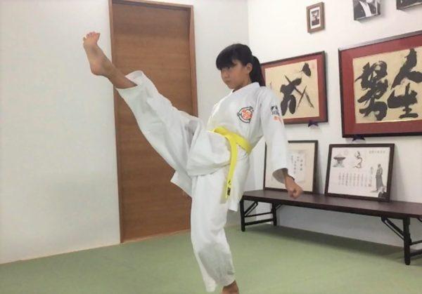 前蹴り(小学6年生)